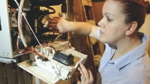 heating plumbing female apprentice - JTL